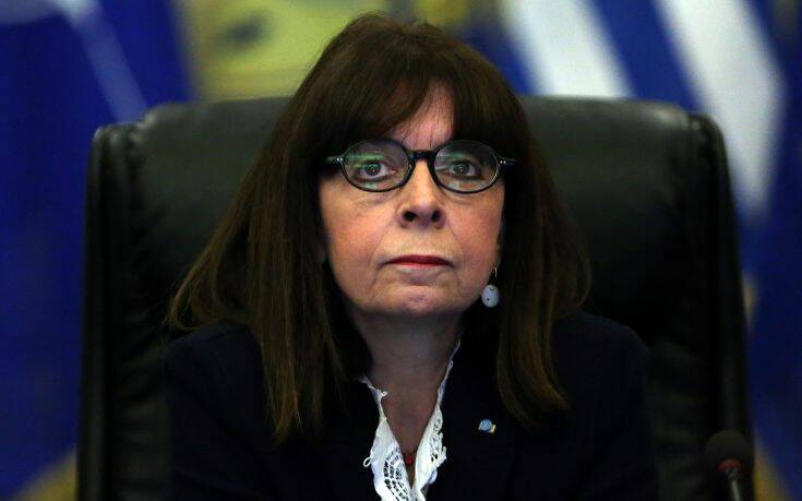 Η Κατερίνα Σακελλαροπούλου θα καταθέσει τον μισό μισθό της για τους επόμενους δύο μήνες