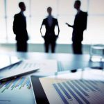 Καμπανάκι για συγχωνεύσεις και εξαγορές από τις εταιρίες Τεχνολογίας, ΜΜΕ και Τηλεπικοινωνιών