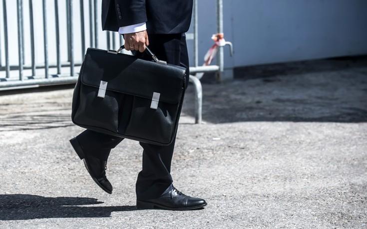 Να μην εξαιρεθούν οι δικηγόροι από το επίδομα των 800 ευρώ ζητάει ο τομεάρχης Δικαιοσύνης του ΣΥΡΙΖΑ