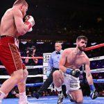 O Canelo διαλύει τον Rocky σε τρεις γύρους
