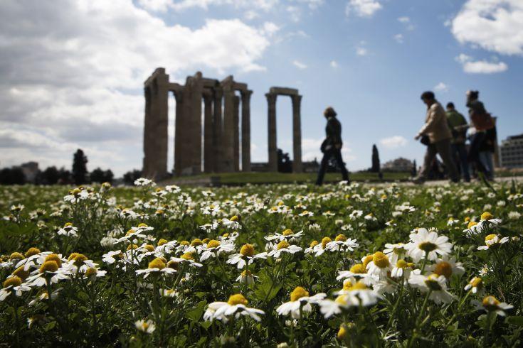 Ξεπέρασαν τα 34 εκατομμύρια οι τουρίστες που επισκέφθηκαν την Ελλάδα το 2019
