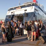 Εξετάζεται η ελεύθερη μετακίνηση σε Κρήτη, Ρόδο και Κέρκυρα από τις 18 Μαΐου