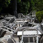 Παραμένει νεκρή πόλη η Αθήνα παρά την άρση των μέτρων