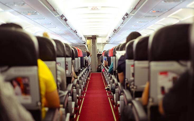 Τι ισχύει πλέον για τα ταξίδια με αεροπλάνο: Αναλυτικά οι νέες οδηγίες και τα μέτρα