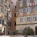 Η γειτονιά της Κέρκυρας που μεταφέρει στην Ιταλία