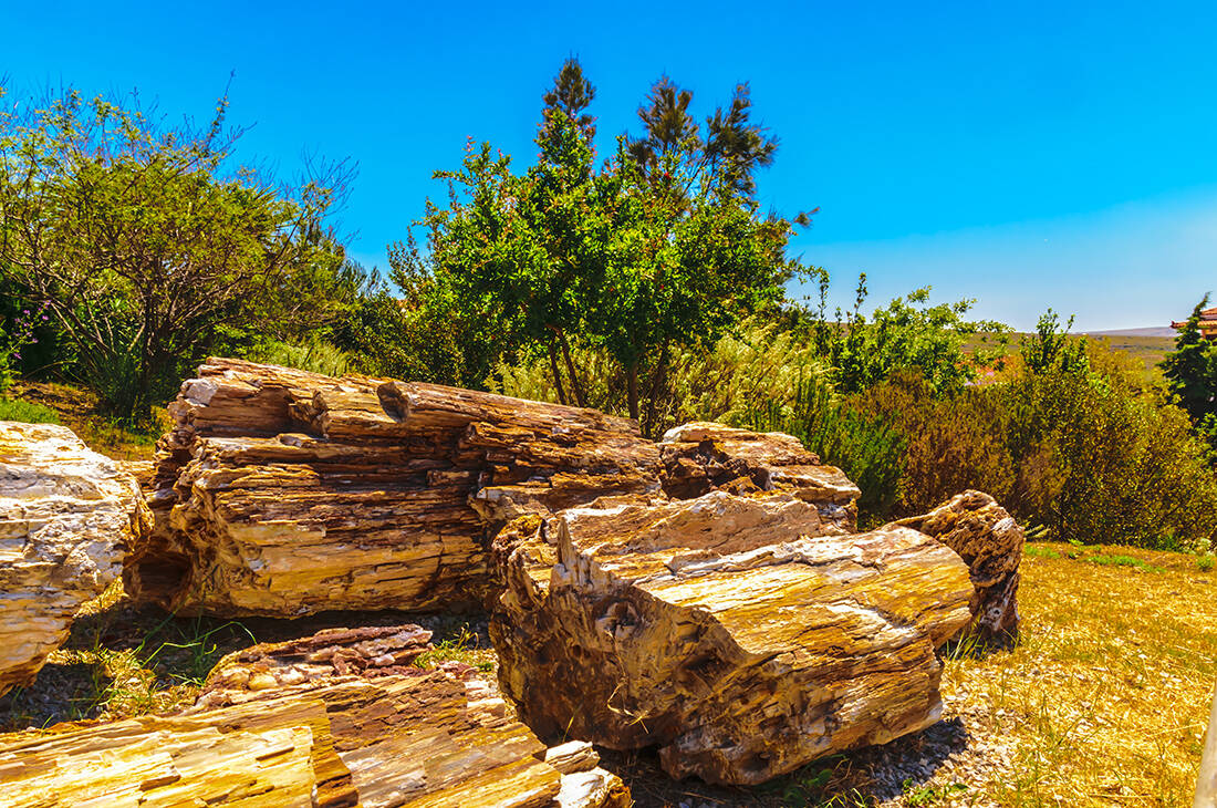Σπάνια γεωλογικά και φυσικά φαινόμενα στην Ελλάδα που προκαλούν δέος και θαυμασμό