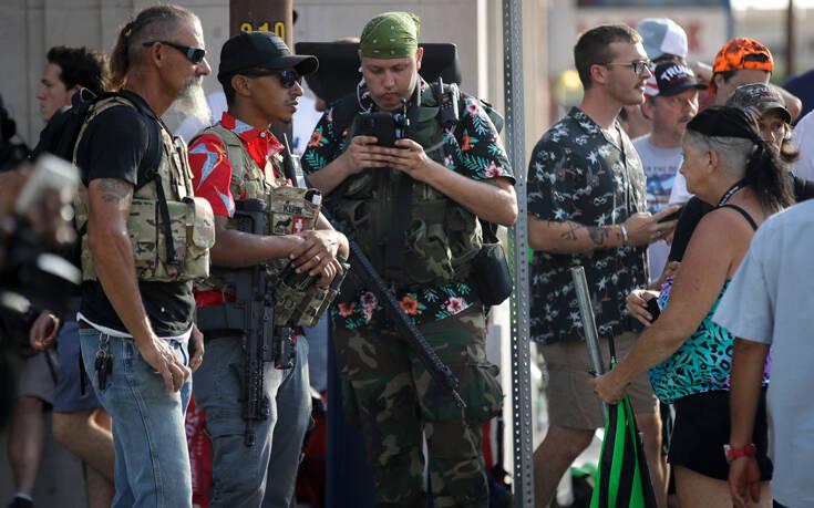 Το Facebook έριξε πόρτα στους ένοπλους ακροδεξιούς Boogaloos