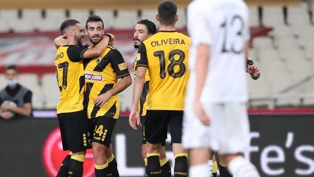 ΑΕΚ - ΟΦΗ 2-0: Στο +4 και έτοιμη για Champions League