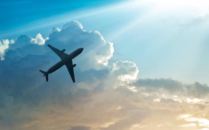 Περισσότερες πτήσεις με προορισμό την Ελλάδα από την Πολωνία