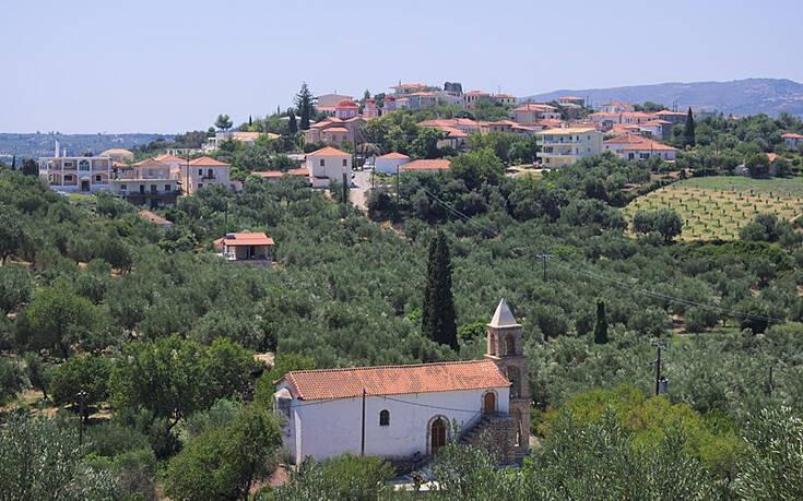 Το άγνωστο χωριό της Πελοποννήσου με το βουνίσιο όνομα και τη θαλασσινή αύρα