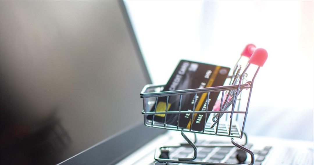 Επιδότηση έως 5.000 στο λιανεμπόριο για δημιουργία e-shop