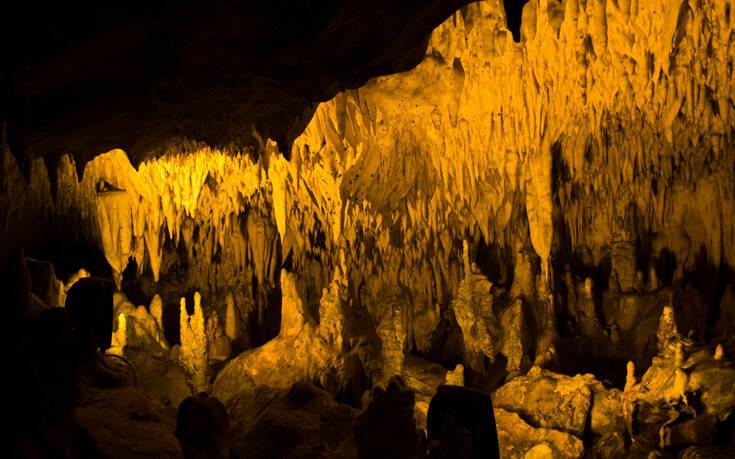 Το σπήλαιο στην Καστοριά και ο μύθος με το δράκο – Newsbeast