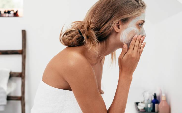 Τρεις σούπερ αποτελεσματικές μάσκες προσώπου για να φτιάξετε στο σπίτι – Newsbeast