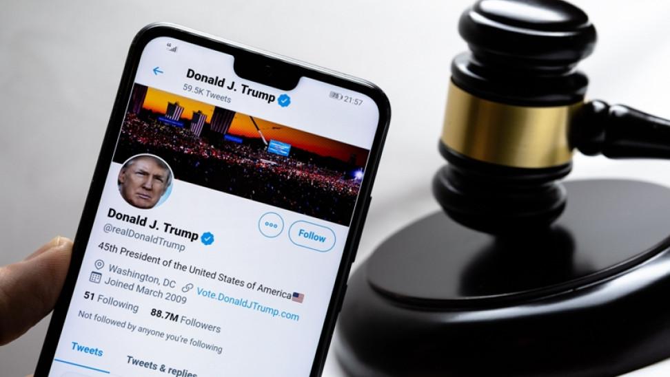 Προβληματισμός στον γερμανικό Τύπο για το «μαύρο» των social media στον Τραμπ