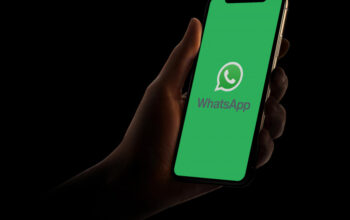 whatsapp shutterstock 1643670568