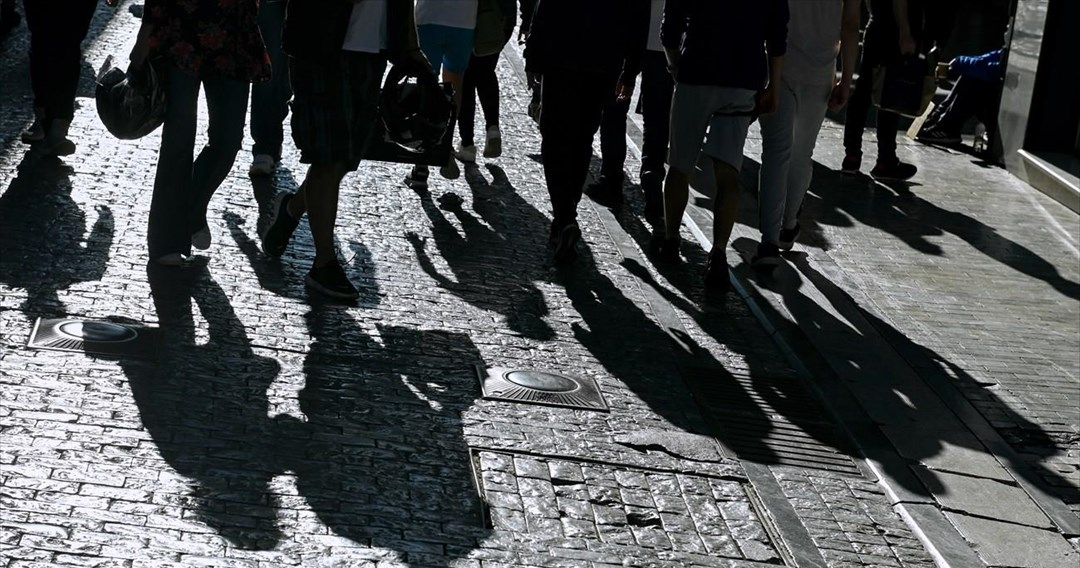 1.151 κρούσματα στην Αττική, 225 στη Θεσσαλονίκη