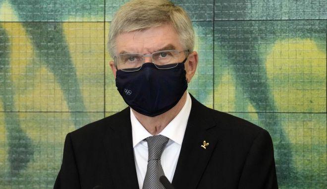 """ΔΟΕ: """"Καμία χαλάρωση στη χρήση της μάσκας"""""""