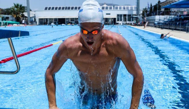 Ολυμπιακοί Αγώνες – Κολύμβηση: Με τον τρίτο χρόνο στους ημιτελικούς των 50μ. ελεύθερο ο Γκολομέεβ