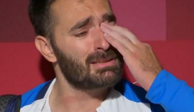 """Λύγισε στην κάμερα ο γίγαντας Ιακωβίδης: """"Συγγνώμη, αν για κάποιους τα βάζω στα πόδια"""""""