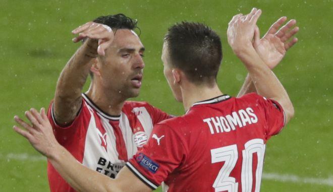Champions League: Αγκαλιά με την πρόκριση η Αϊντχόφεν, ισοπέδωσε 5-1 την Γαλατάσαραϊ