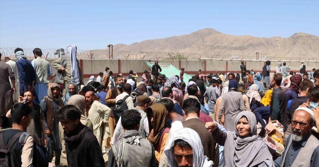 Αμερικανός δισεκατομμυριούχος, χρεώνει 6.500 δολάρια το άτομο για να τους βγάλει από το Αφγανιστάν