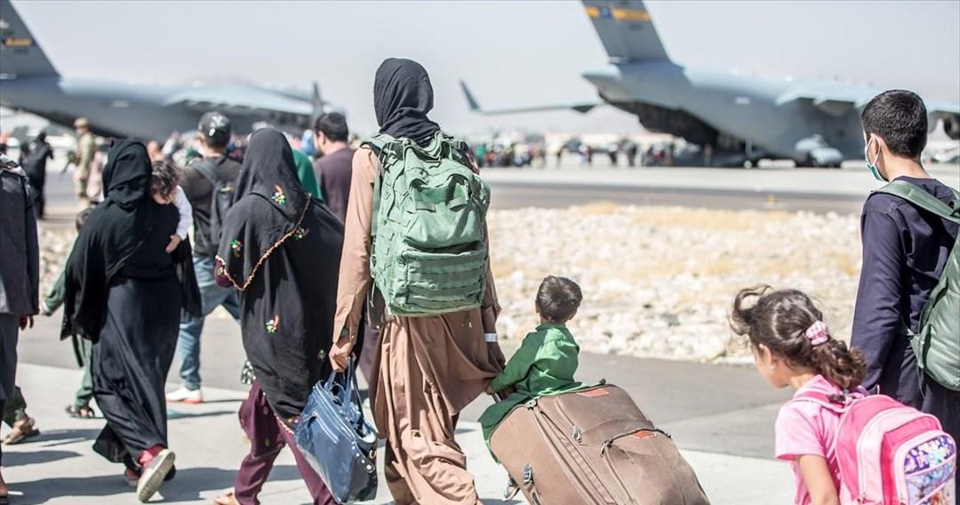 Άσυλο ζητεί η 8μελή οικογένεια Αφγανών που ήρθε την Τετάρτη στην Ελλάδα