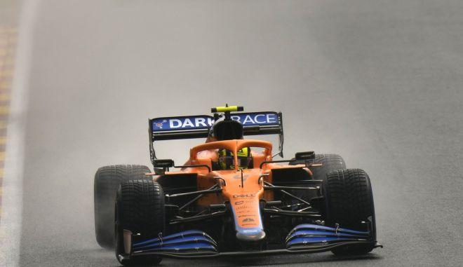 Formula 1, GP Βελγίου: Ατύχημα του Νόρις στις κατατακτήριες δοκιμές του βροχερού Σπα