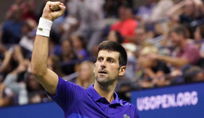 Τζόκοβιτς – Ζβέρεφ 3-2: Στον τελικό του US Open για 9η φορά στην καριέρα του ο Νόλε