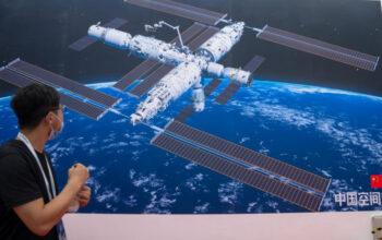 chinese astronauts ap
