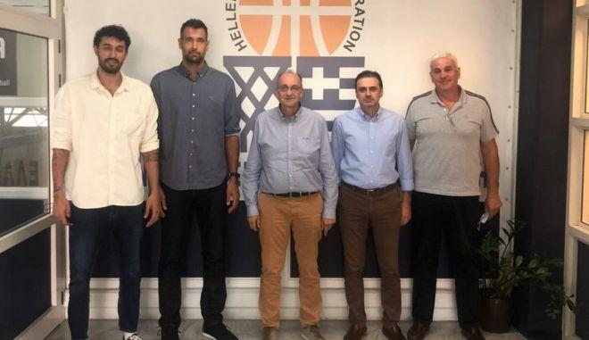 ΕΟΚ: Ο Βαγγέλης Λιόλιος συναντήθηκε με μέλη του ΠΣΑΚ