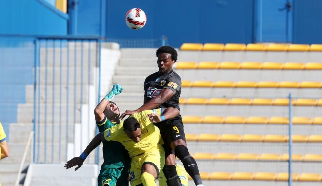 Παναιτωλικός – ΑΕΚ: Με τρομερό άλμα του Λιβάι Γκαρσία και κεφαλιά το 1-0 των φιλοξενούμενων