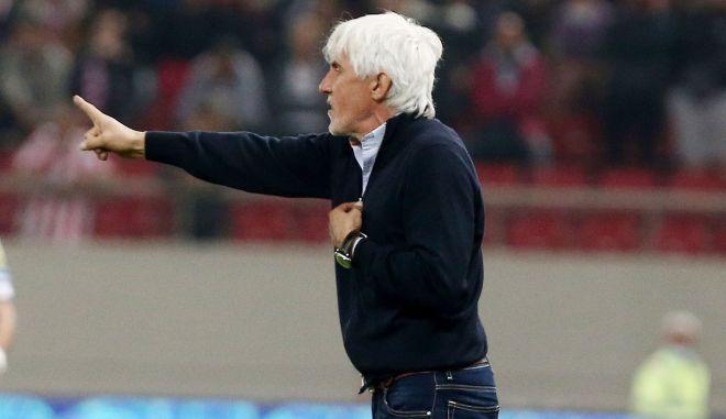 """Γιοβάνοβιτς: """"Περιοριστήκαμε σε παθητικό ρόλο, στυλ που δεν μας ταιριάζει"""""""