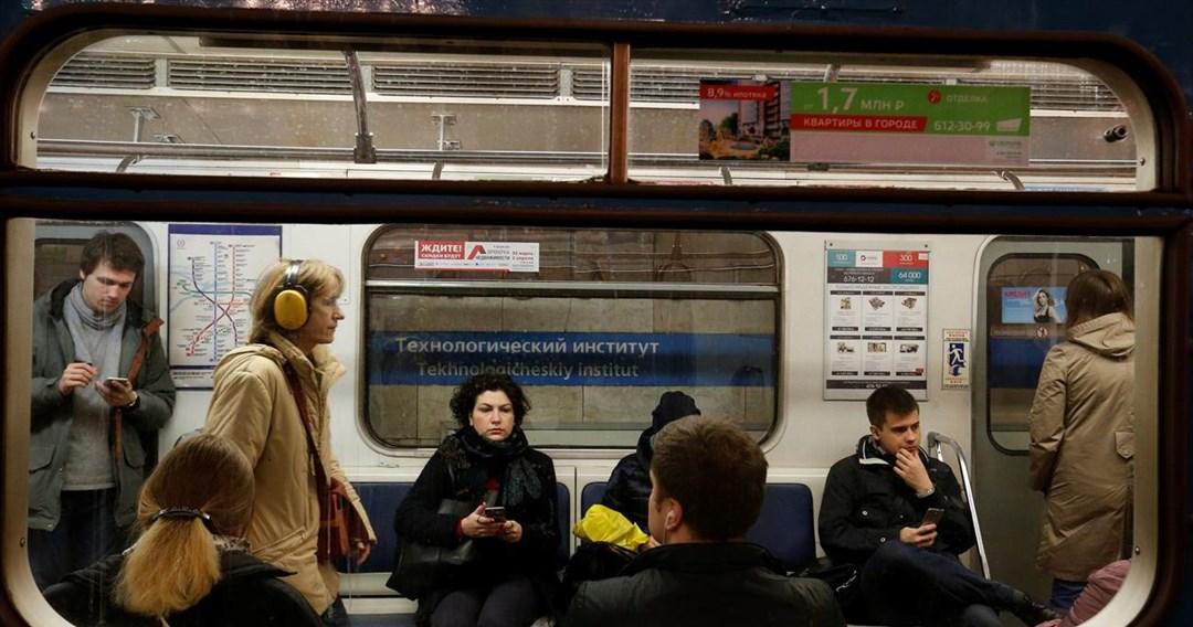 Τρομοκράτες διασπείρουν τον κορωνοϊό στα μέσα συγκοινωνίας